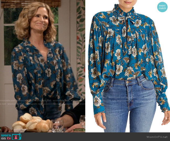 Derek Lam 10 Crosby Thomsen Blouse worn by Jean Raines (Kyra Sedgwick) on Call Your Mother