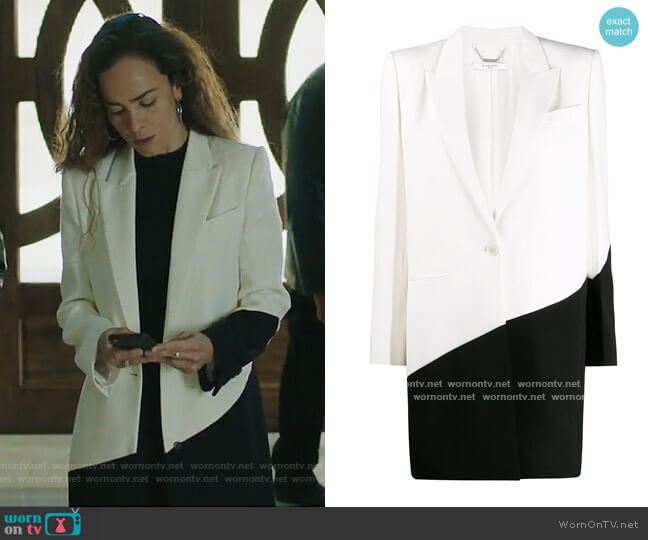 Two-Tone Coat by Givenchy worn by Teresa Mendoza (Alice Braga) on Queen of the South