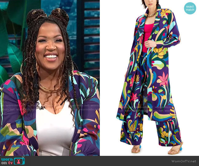 Printed Duster Jacket by INC International Concepts worn by Kym Whitley  on E! News