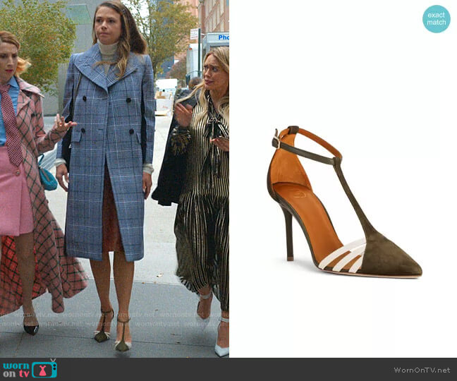Ila Pump in Green Suede by Malone Souliers worn by Liza Miller (Sutton Foster) on Younger