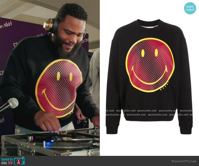 Smile-Print Sweatshirt by Marni worn by Andre Johnson (Anthony Anderson) on Blackish