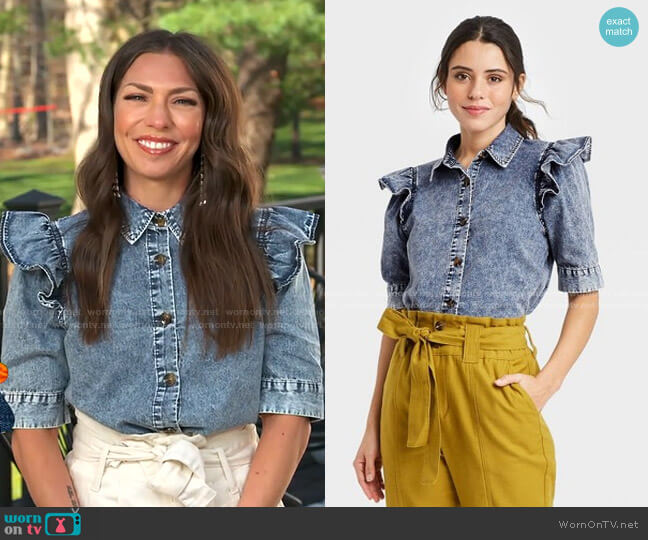 Puff Elbow Sleeve Button-Down Shirt by Who What Wear worn by Melissa Garcia on GMA