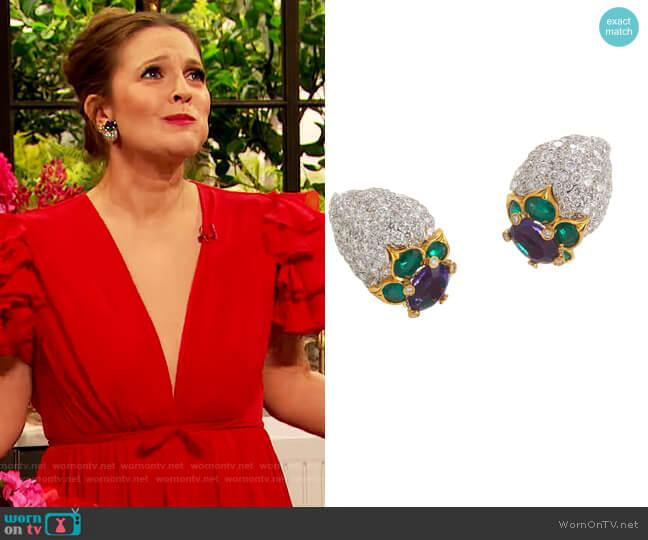 Blossom Earrings by David Webb worn by Drew Barrymore  on The Drew Barrymore Show