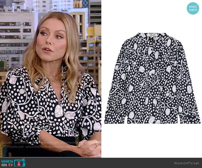 Britton Gathered Printed Blouse by Diane von Furstenberg worn by Kelly Ripa  on Live with Kelly & Ryan