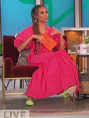 Elaine's pink ruffle dress on The Talk