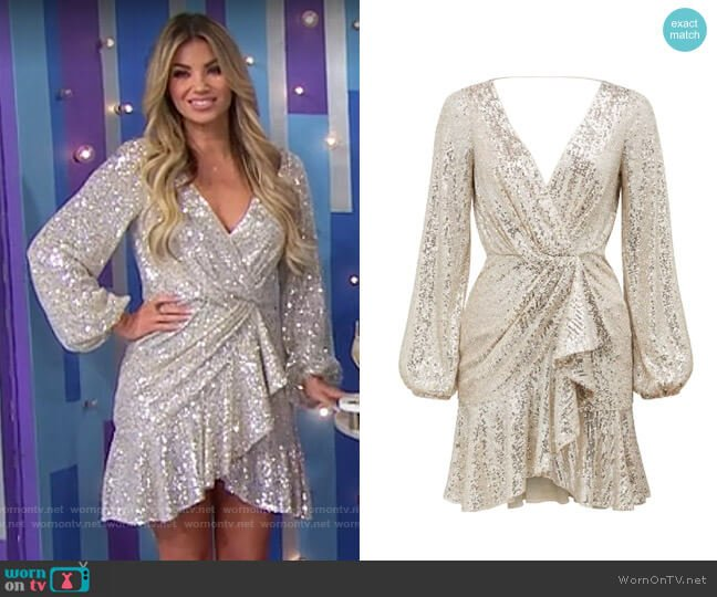 Ever New Flip Sequin Long Sleeve Cocktail Dress worn by Amber Lancaster  on The Price is Right