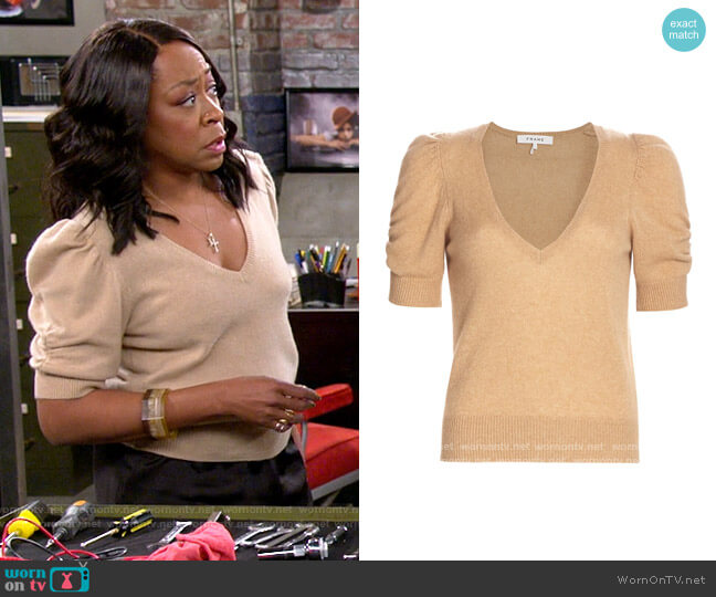 Frame Caramel Heather Frankie Sweater worn by Tina (Tichina Arnold) on The Neighborhood