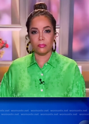 Sunny's green floral satin blouse on The View
