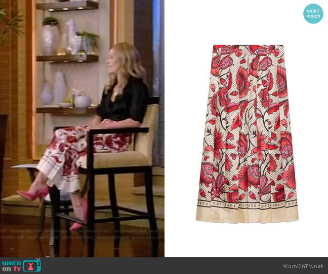 Silk Skirt with Watercolor Flower Print by Gucci worn by Kelly Ripa  on Live with Kelly & Ryan