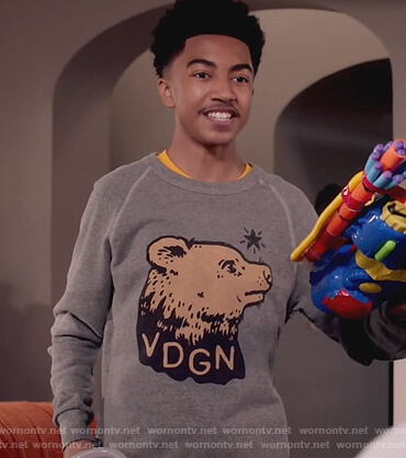 Jack's gray VDGN bear print sweater on Black-ish