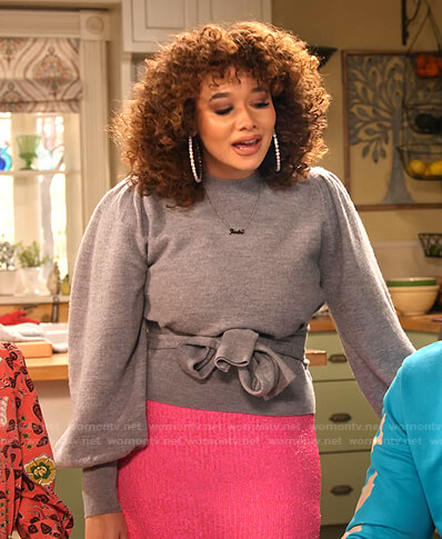 Jade's grey tie waist sweater and pink knit skirt on Family Reunion