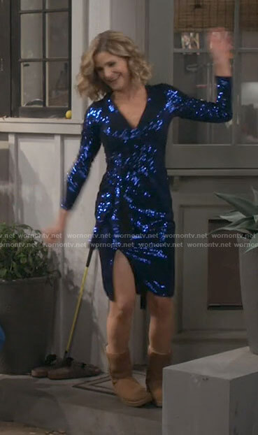 Jean's blue sequin dress on Call Your Mother