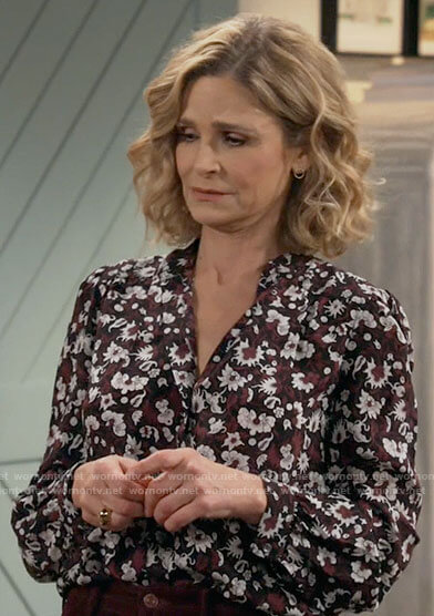 Jean's floral button up blouse on Call Your Mother