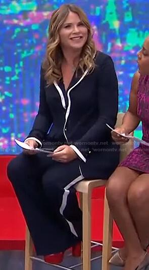 Jenna's navy contrast trim blazer and pants on Today