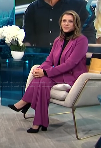 Jodie Sweetin's purple double breasted blazer and pants on E! News Daily Pop