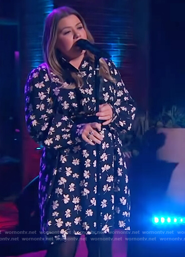 Kelly's black floral print dress on The Kelly Clarkson Show