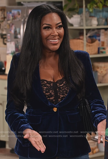 Kenya Moore's blue velvet blazer on Family Reunion