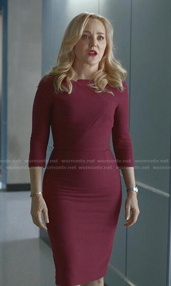 Marissa's grey split-neck dress on Bull