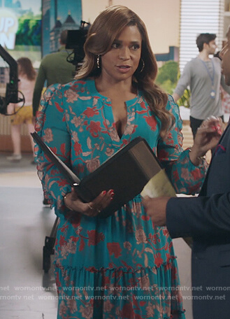 Mika's turquoise floral ruffled dress on Kenan