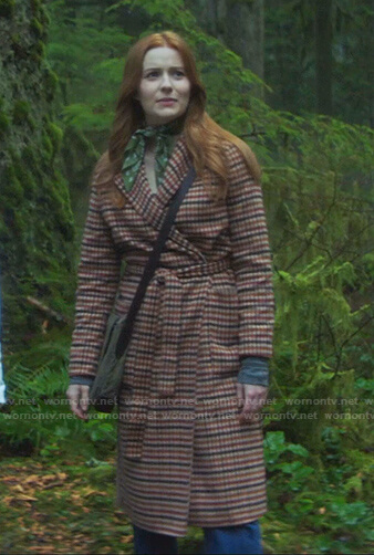 Nancy's beige checked wrap coat on Nancy Drew