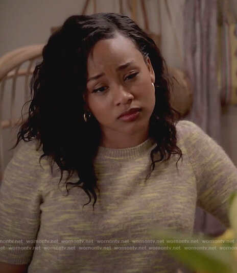 Olivia's yellow space dye short sleeve sweater on Black-ish