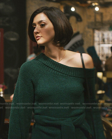 Rose's green one off-shoulder sweater on Zoeys Extraordinary Playlist