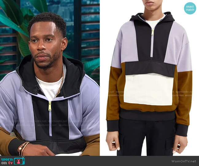 Colorblock Half Zip Hoodie by Scotch & Soda worn by Victor Cruz on E! News Daily Pop
