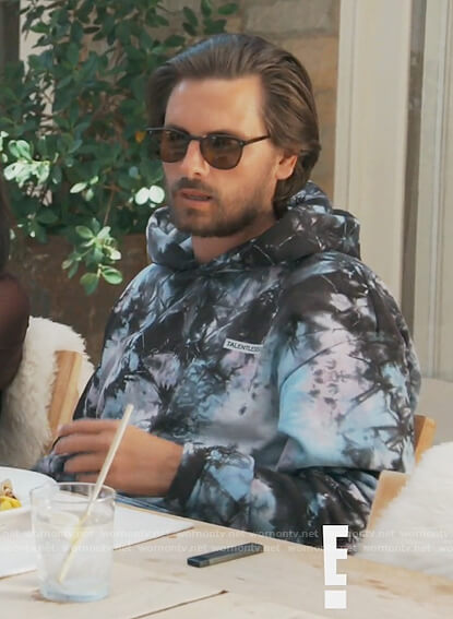 Scott's tie dye hoodie on Keeping Up with the Kardashians
