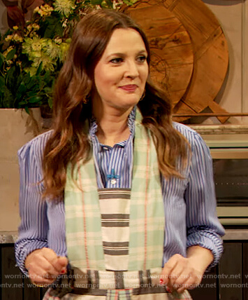 Drew's stripe apron and skirt on The Drew Barrymore Show