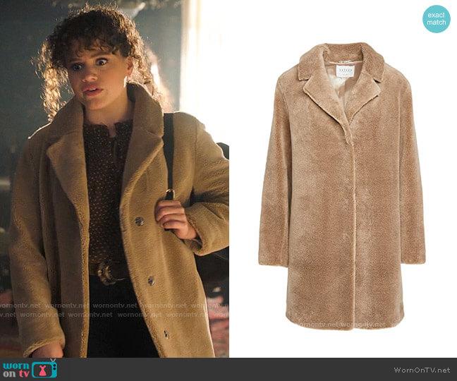 Velvet Trishelle Coat worn by Maggie Vera (Sarah Jeffery) on Charmed
