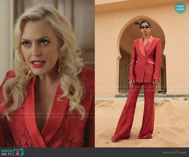 AW 2018 Collection by Arwa Al Banawi worn by Alexis Carrington (Elaine Hendrix) on Dynasty