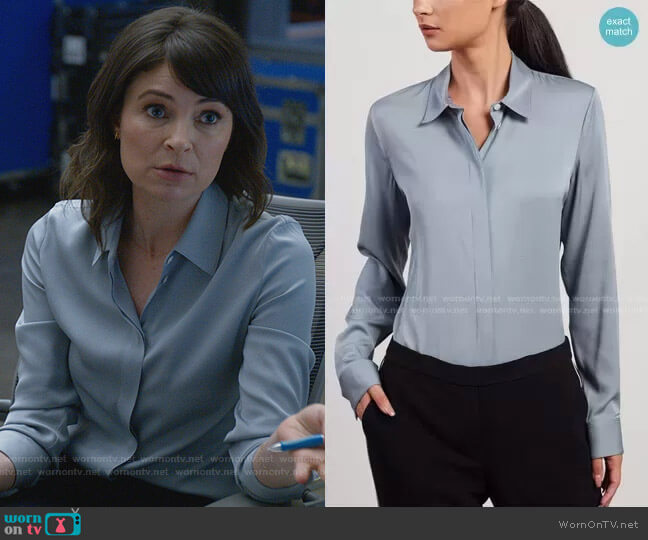 Fitted Shirt in Stretch Silk by Theory worn by Taylor Rentzel (MacKenzie Meehan) on Bull