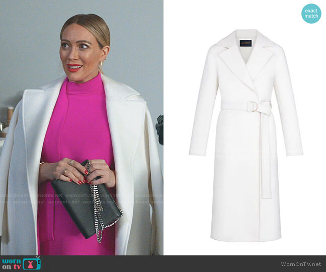 Belted White Wrap Coat by Louis Vuitton worn by Kelsey Peters (Hilary Duff) on Younger
