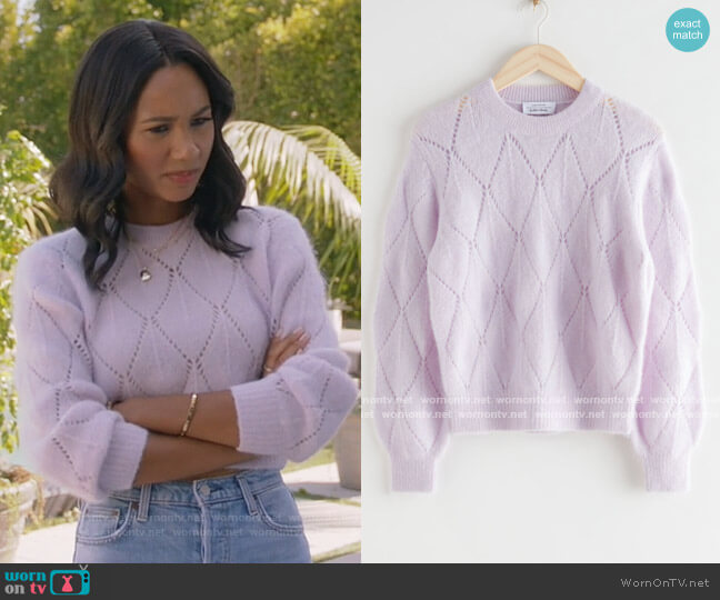 Alpaca Blend Knit Sweater by & Other Stories worn by Layla Keating (Greta Onieogou) on All American