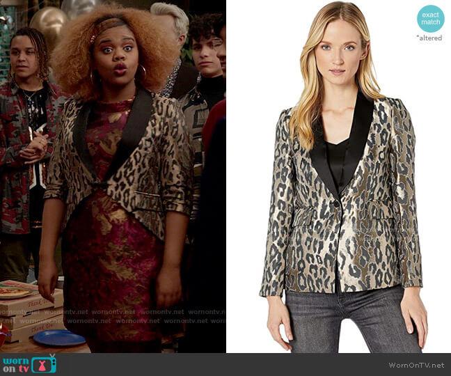 Vince Camuto Leopard Jacquard Blazer worn by Kourtney (Dara Renee) on High School Musical The Musical The Series