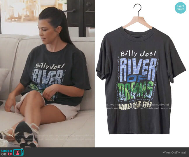 Vintage Billy Joel River of Dreams Tour Tee by American Vintage worn by Kourtney Kardashian  on Keeping Up with the Kardashians