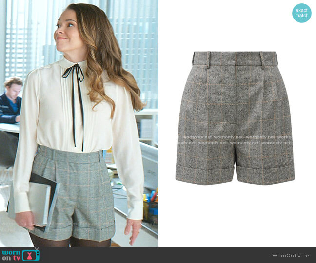 Pleated Prince of Wales-check Shorts by Alexander McQueen worn by Liza Miller (Sutton Foster) on Younger