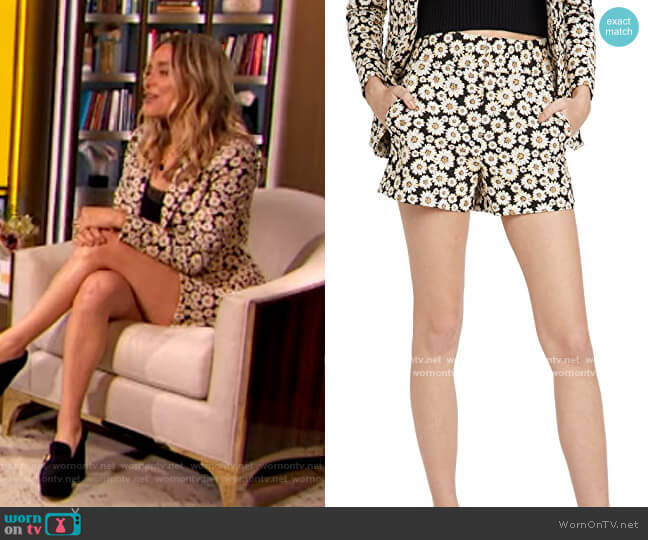 Cady Clean Shorts by Alice + Olivia worn by Jenny Mollen on The Drew Barrymore Show