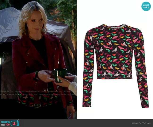Alice + Olivia Delaina Top in Small Butterflies worn by Mandy Baxter (Molly McCook) on Last Man Standing