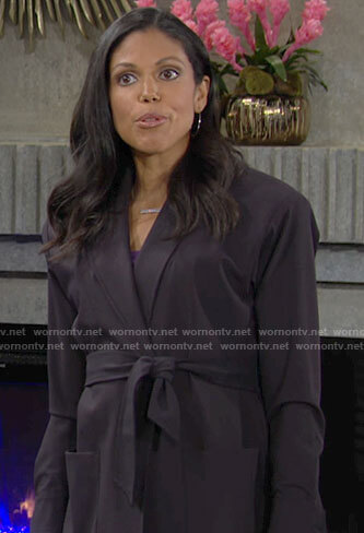 Amanda's navy wrap blazer on The Young and the Restless