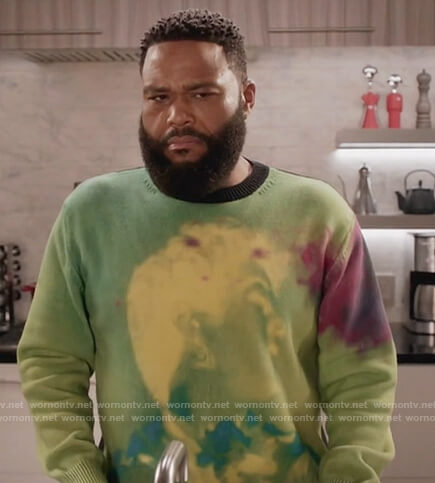 Andre's green tie dye sweater on Black-ish