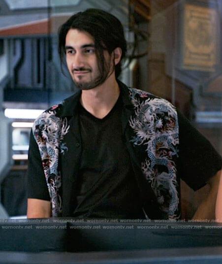 Behrad's black dragon shirt on Legends of Tomorrow