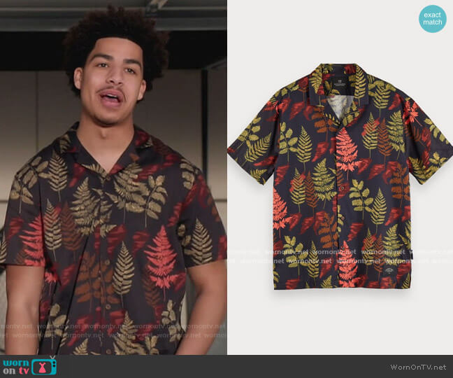 Hawaiian shirt in Combo A by Scotch and Soda worn by Andre Johnson Jr (Marcus Scribner) on Blackish