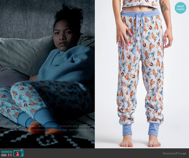 Delias by Dolls Kill Soft Double Stuffed Jogger Pants worn by Delilah (Laya DeLeon Hayes) on The Equalizer