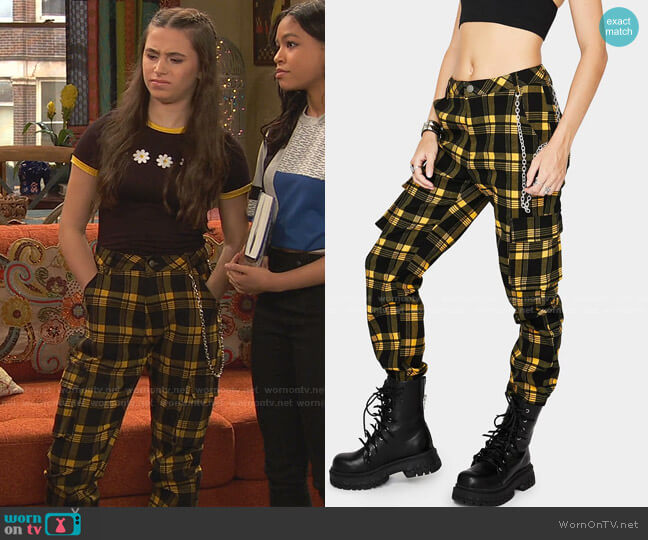 Misfit Misconduct Cargo Pants by Dolls Kill worn by Tess O'Malley (Sky Katz) on Ravens Home