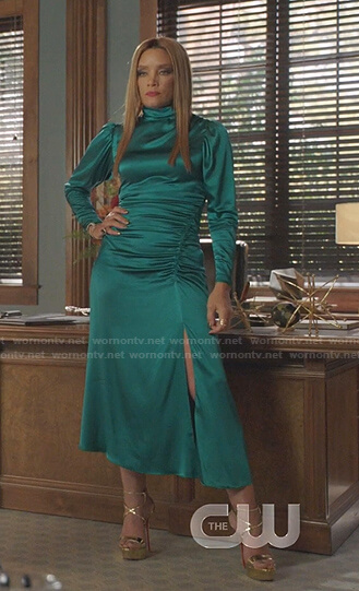 Dominique's green ruched satin dress on Dynasty