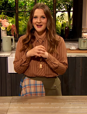 Drew's brown stripe blouse and patchwork skirt on The Drew Barrymore Show