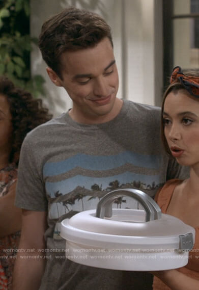 Freddie's grey palm graphic tee on Call Your Mother