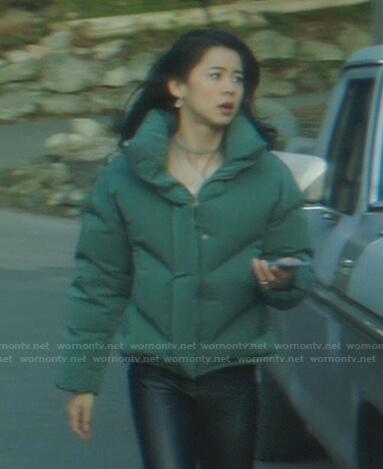 Tom Swift's green bomber jacket on Nancy Drew