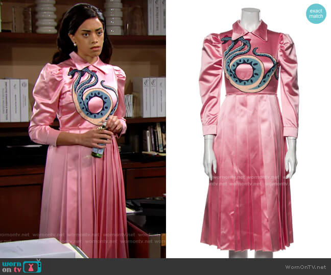 Gucci 2016 Pink Satin Snake Dress worn by Zoe (Kiara Barnes) on The Bold & the Beautiful